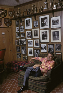 Glenn Ford at home1975 © 1978 Gene Trindl - Image 0079_1019