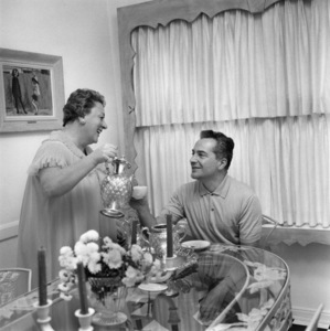 Lydia and Rossano Brazzi at home1958© 1978 Sid Avery - Image 0080_0030