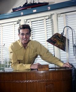 Guy Madisoncirca 1940s** I.V. - Image 0082_0109