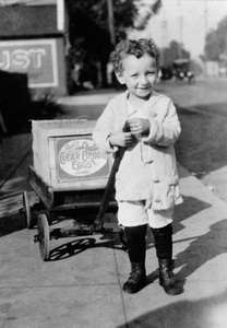 Photographer Sid Averycirca 1921 - Image 0090_0063