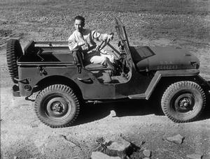 Photographer Sid Avery at Camp Robinson in Arkansas / May of 1942 - Image 0090_0076