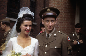 Photographer Sid Avery and wife Diana on their wedding day07-19-1943© 1978 Sid Avery - Image 0090_0330