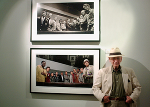 "Sid Avery At the ""Tinsel:Stars That Shine"" opening at Apex fine artOctober 19 2001 © 2001 Ron Avery - Image 0090_1049"