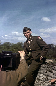Sid Avery 1st Lieutenant / Paris, France1945 - Image 0090_1054