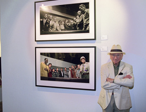 """Photographer Sid Avery at """"Tinsel: Stars That Shine"""" opening at Apex Fine Art in Los Angeles, California10-19-2001© 2001 Bill Knapp - Image 0090_1119"""