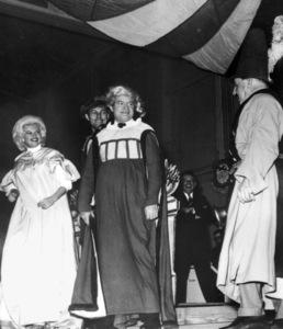 Bob Hope with Jayne Mansfield on stage,c. 1961.**I.V. - Image 0173_0552