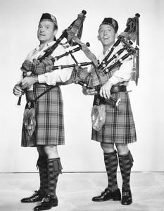 Bob Hope and Bing Crosby circa 1940s ** I.V. - Image 0173_0625