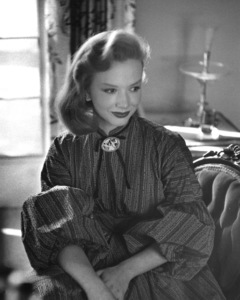 Piper Laurie at home1955 © 1978 Sid Avery - Image 0192_0013