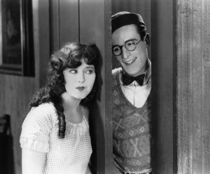 Harold Lloyd, Jobyna Ralston, FRESHMAN, THE, Pathe, 1925, **I.V. - Image 0198_0618