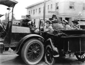 Harold Lloyd, HOT WATER, Pathe, 1924, **I.V. - Image 0198_0621