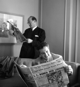Lee Liberace and his agent in a hotel room in San Francisco1955 © 1978 Bob Willoughby - Image 0289_0376