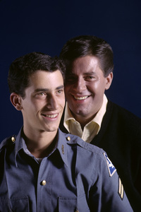 Jerry Lewis and his son, Gary Lewis1962© 1978 Gene Trindl - Image 0292_0532
