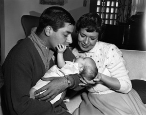 Jerry Lewis and his familycirca 1960sPhoto by Bud Fraker - Image 0292_0595