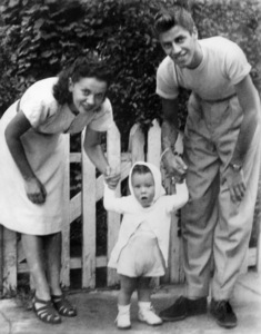Jerry Lewis, wife Patti Palmer, and first son Garycirca 1947** I.V. / M.T. - Image 0292_0609
