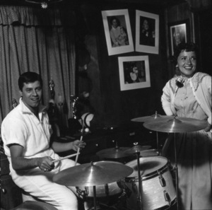 Jerry Lewis at home with his wife, Patti1958© 1978 Sid Avery - Image 0292_0650