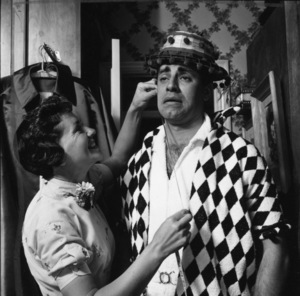Jerry Lewis at home with his wife, Patti1958© 1978 Sid Avery - Image 0292_0652