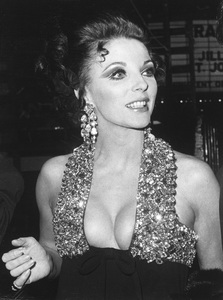 Joan Collins1967 - Image 0299_0063