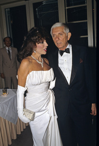 Joan Collins and Aaron Spelling1988 © 1988 Gunther - Image 0299_0216