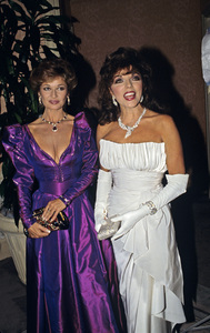 Joan Collins and Stephanie Beacham1988 © 1988 Gunther - Image 0299_0217