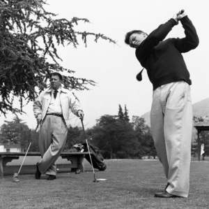 George Stevens with son George Stevens Jr. at Lakeside Golf Course in Burbank, California1953 © 1978 Sid Avery - Image 0300_0411