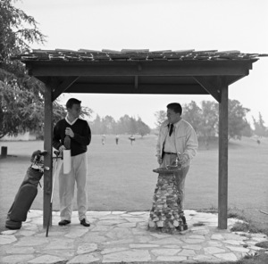 George Stevens with son George Stevens Jr. at Lakeside Golf Course in Burbank, California1953 © 1978 Sid Avery - Image 0300_0424