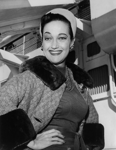 Dorothy Lamourreturning from LondonOctober 17, 1961 - Image 0316_0043