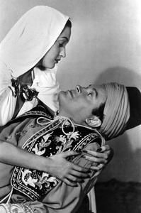 Dorothy Lamourwith Bob Hopecirca 1946 - Image 0316_0058