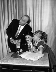 Edgar Bergen with daughter Candice and Charlie McCarthy1956Photo by Gabi Rona - Image 0322_0063
