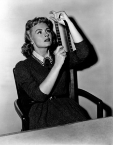 """Donna Reed for """"Trouble Along The Way,"""" 1953. - Image 0323_0100"""