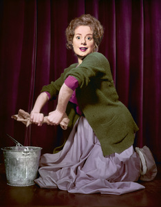 Elsa Lanchester at the Turnabout Theatercirca 1950s© 1978 Herman V. Wall - Image 0329_0007