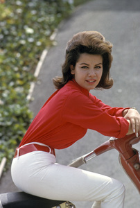 Annette Funicello1962 © 1978 Gunther - Image 0330_0050