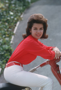 Annette Funicello1962 © 1978 Gunther - Image 0330_0065