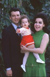 Annette Funicello, husband Jack Gilardi and daughter1967 © 1978 Gene Trindl - Image 0330_0113