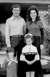 Annette Funicello with husband Jack Gilardi and kids at home, c. 1972 © 1978 Chester Maydole - Image 0330_0133