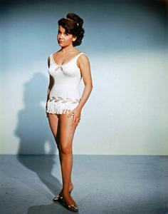 Annette Funicellocirca 1964** I.V. - Image 0330_0169
