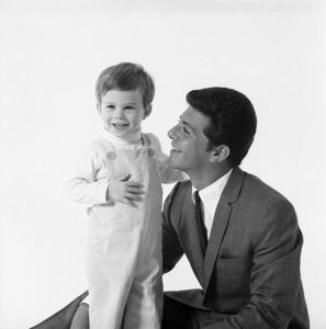 Frankie Avalon and son1965 © 1978 Sid Avery - Image 0331_0128