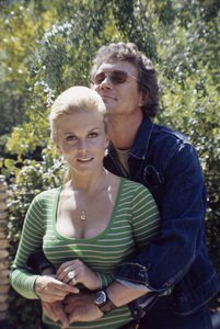 Ann-Margret at home with husband Roger Smith1972 © 1978 David Sutton - Image 0332_0094
