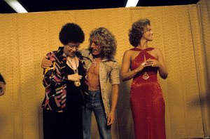 Ann-Margret with Phoebe Snow and Roger Daltry1975© 1978 Ulvis Alberts - Image 0332_0116