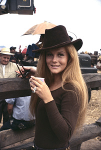 """Ann-Margret on the set of """"The Train Robbers""""1973 © 1978 David Sutton - Image 0332_0255"""