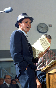 Frank Sinatra at a recording session in L.A. / 1954 © 1978 Sid Avery - Image 0337_0505
