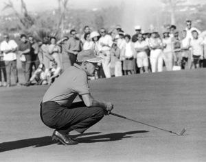 Frank Sinatra at a golf tournament1964 © 1978 David Sutton - Image 0337_0612