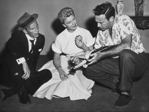"""Frank Sinatra, Doris Day and DirectorGordon Douglas """"Young at Heart"""" 1954 Warner - Image 0337_0725"""