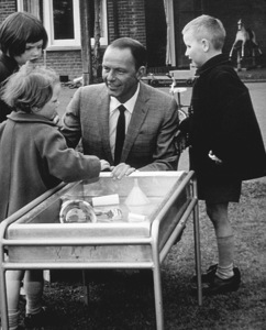 Frank Sinatra visits Japanese orphans on his children