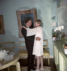 Frank Sinatra and Mia Farrow on their wedding day1966 © 1978 Ted Allan - Image 0337_0858