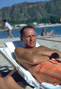 Frank Sinatra in Honolulu, hawaii1962 © 1978 Ted Allan - Image 0337_0864
