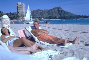 Frank Sinatra in Honolulu, Hawaii1962 © 1978 Ted Allan - Image 0337_0870