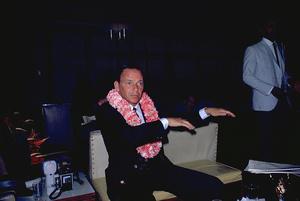 Frank Sinatra in Honolulu, Hawaii1962 © 1978 Ted Allan - Image 0337_0879
