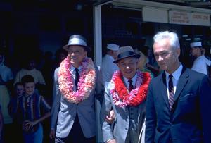 Frank Sinatra and Mike Romanoffin Honolulu, Hawaii / 1962 © 1978 Ted Allan - Image 0337_0881