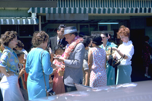 Frank Sinatra in Honolulu, Hawaii1962 © 1978 Ted Allan - Image 0337_0917