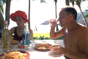 Frank Sinatra vacationing in Mexico1962 © 1978 Ted Allan - Image 0337_0956